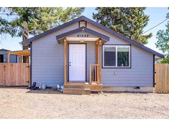 41444 Lacomb Dr, Lebanon, OR 97355 (MLS #19348555) :: Townsend Jarvis Group Real Estate
