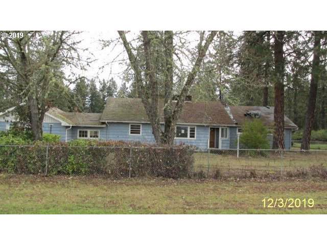 120 Metcalf Ln, Riddle, OR 97469 (MLS #19349036) :: Townsend Jarvis Group Real Estate
