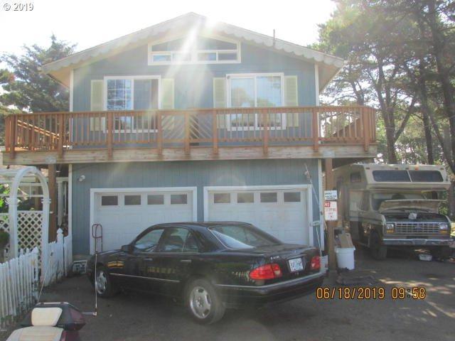 3855 SW Fehrenbacher Dr, Waldport, OR 97394 (MLS #19353614) :: Premiere Property Group LLC