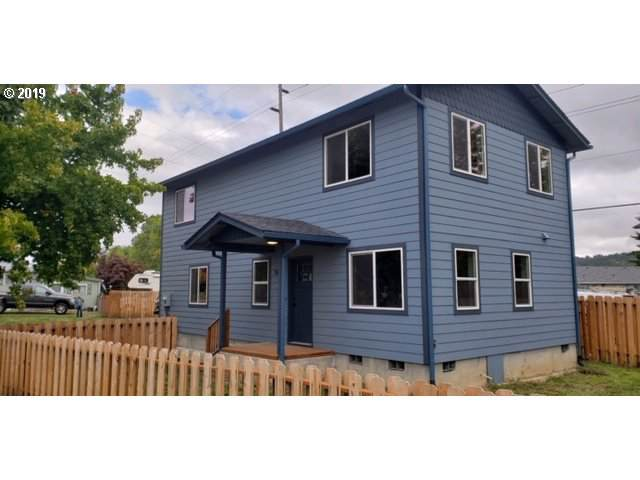 1458 E Central Ave, Sutherlin, OR 97479 (MLS #19367271) :: Townsend Jarvis Group Real Estate