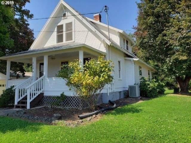 1109 Jones Rd, Roseburg, OR 97471 (MLS #19375641) :: Townsend Jarvis Group Real Estate