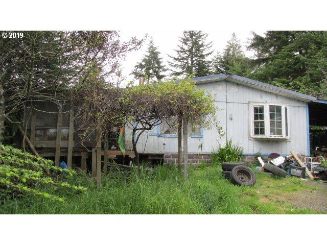 97411 Kadora Ln, North Bend, OR 97459 (MLS #19384434) :: Townsend Jarvis Group Real Estate