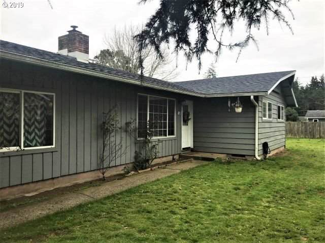 2120 17TH St, Florence, OR 97439 (MLS #19399625) :: Townsend Jarvis Group Real Estate