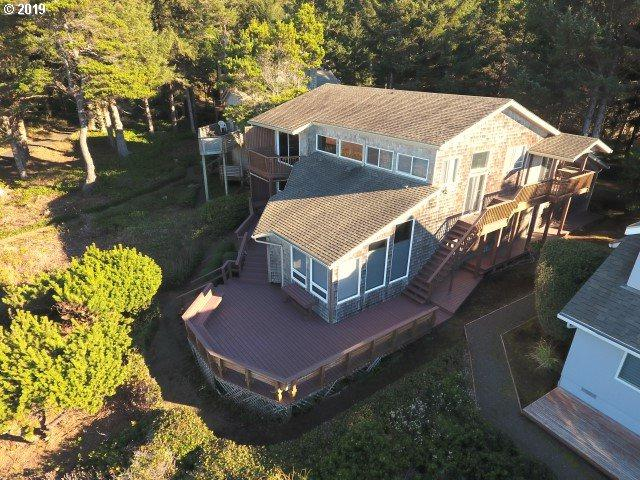475 SW Spindrift, Depoe Bay, OR 97341 (MLS #19404678) :: Hatch Homes Group