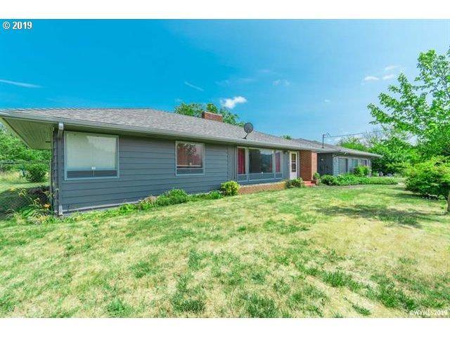 32907 Tucker Ln, Lebanon, OR 97355 (MLS #19431967) :: Brantley Christianson Real Estate