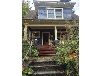 3724 SE Clinton St, Portland, OR 97202 (MLS #19454942) :: McKillion Real Estate Group