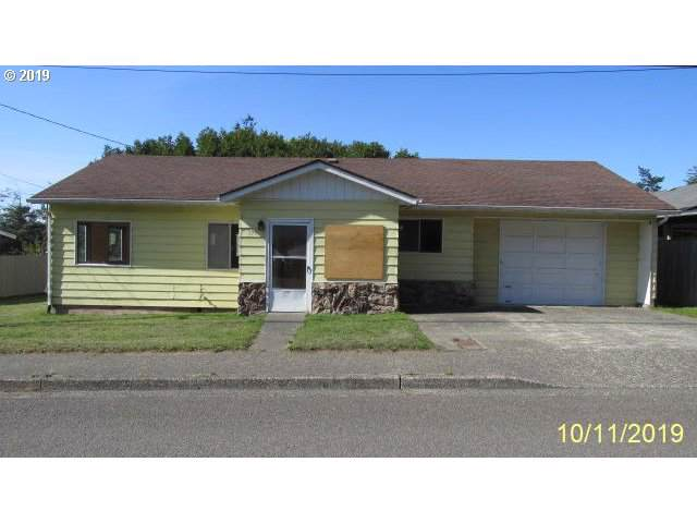 278 N Wasson, Coos Bay, OR 97420 (MLS #19455036) :: Townsend Jarvis Group Real Estate