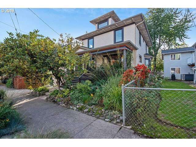 819 SE 16TH Ave, Portland, OR 97214 (MLS #19463837) :: Next Home Realty Connection