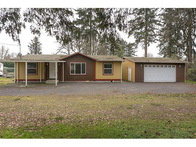 2705 Columbia Blvd, St. Helens, OR 97051 (MLS #19468379) :: Townsend Jarvis Group Real Estate