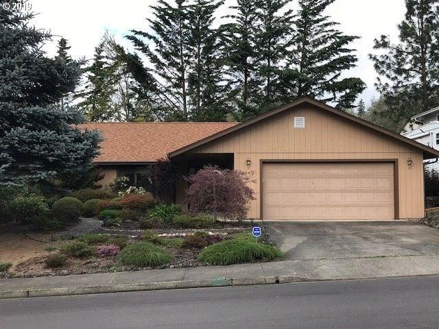 1336 NW Vallejo Dr, Roseburg, OR 97471 (MLS #19470118) :: Townsend Jarvis Group Real Estate