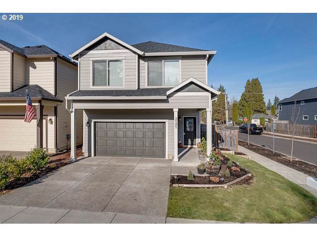 2747 25TH Pl, Forest Grove, OR 97116 (MLS #19472714) :: Gregory Home Team | Keller Williams Realty Mid-Willamette
