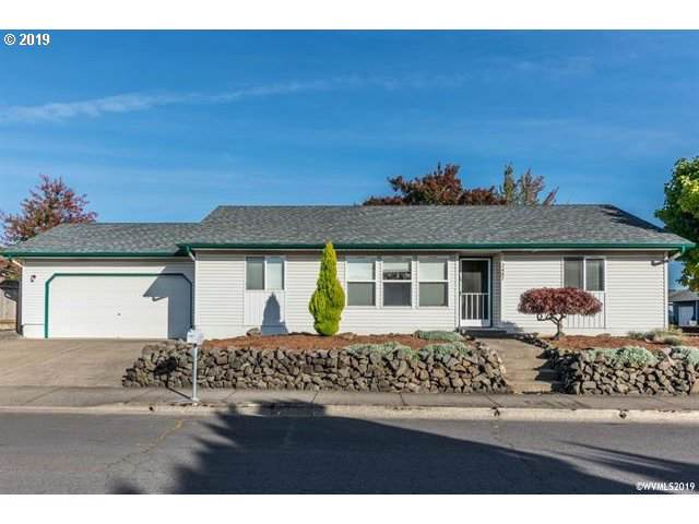 2487 Lyon St, Albany, OR 97322 (MLS #19473721) :: Townsend Jarvis Group Real Estate