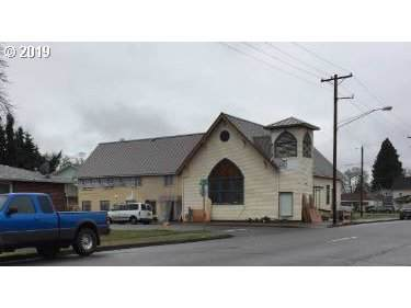 989 Juniper St, Junction City, OR 97448 (MLS #19475733) :: Brantley Christianson Real Estate