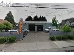 6724 SE 82ND Ave, Portland, OR 97266 (MLS #19483486) :: Cano Real Estate