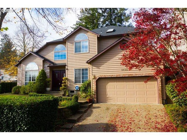 9935 SW 153RD Ave, Beaverton, OR 97007 (MLS #19487129) :: The Liu Group