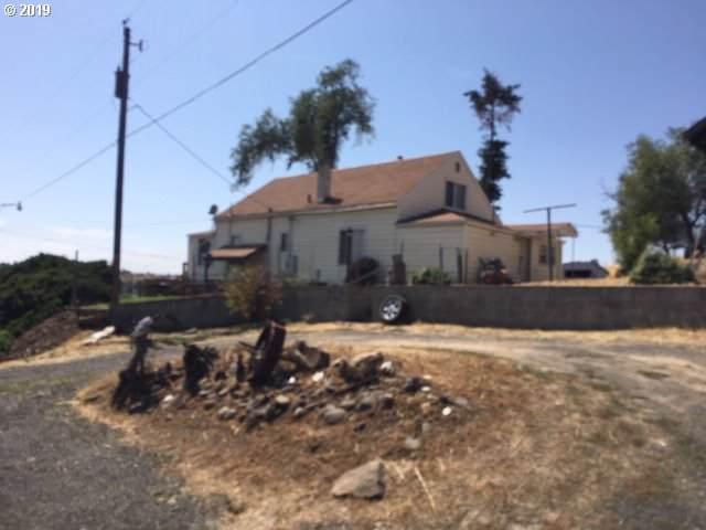 525 NE Ellis Pl, Pendleton, OR 97801 (MLS #19489363) :: Song Real Estate