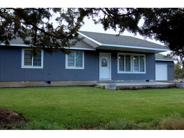 13499 SE Southwood Dr, Prineville, OR 97754 (MLS #19496927) :: McKillion Real Estate Group