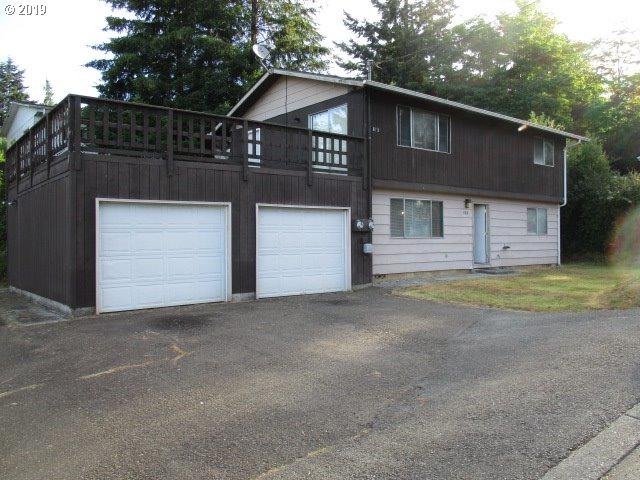 875 F St, Coos Bay, OR 97420 (MLS #19500040) :: Townsend Jarvis Group Real Estate