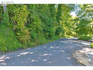 3233 SW Sherwood Pl #51, Portland, OR 97201 (MLS #19500994) :: Townsend Jarvis Group Real Estate
