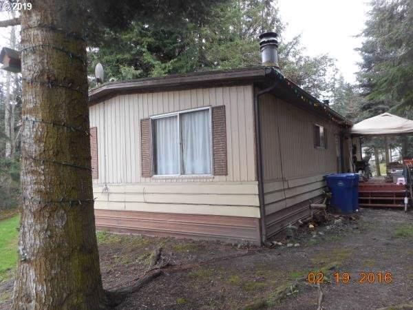 1711 Lake Dr, Camano Island, WA, WA 99282 (MLS #19512612) :: Gregory Home Team | Keller Williams Realty Mid-Willamette