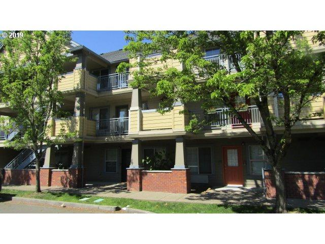 9837 NE Irving St #321, Portland, OR 97220 (MLS #19521741) :: Cano Real Estate