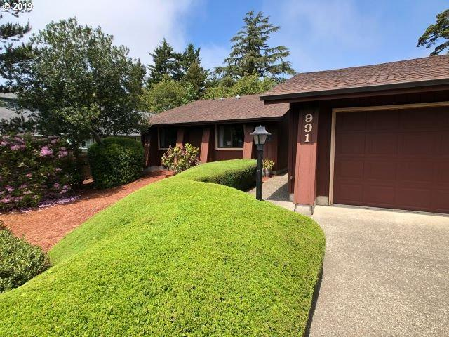 991 8TH St, Florence, OR 97439 (MLS #19524399) :: The Lynne Gately Team