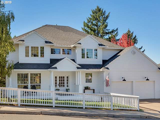 13353 SW Essex Dr, Tigard, OR 97223 (MLS #19542184) :: Next Home Realty Connection