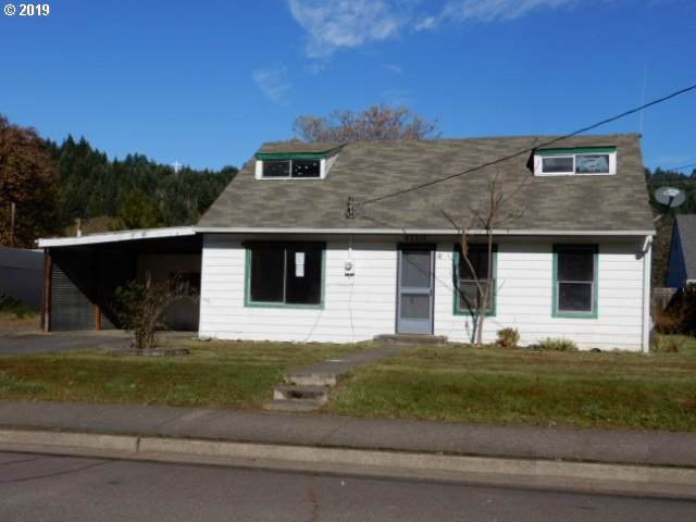 47511 School St, Oakridge, OR 97463 (MLS #19546875) :: Song Real Estate