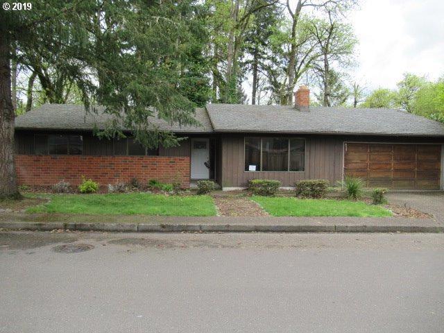6727 Oakridge Dr, Gladstone, OR 97027 (MLS #19573678) :: Premiere Property Group LLC