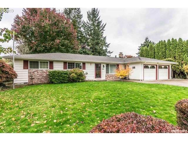 1601 Mayview Dr, Albany, OR 97321 (MLS #19583008) :: Change Realty