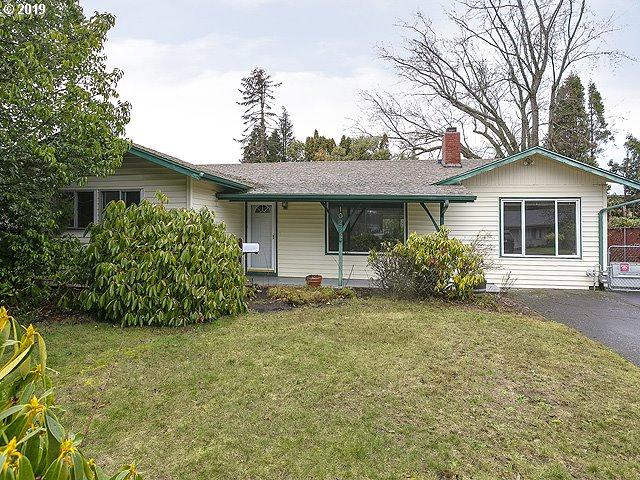 1025 SE 2ND St, Gresham, OR 97080 (MLS #19595526) :: McKillion Real Estate Group