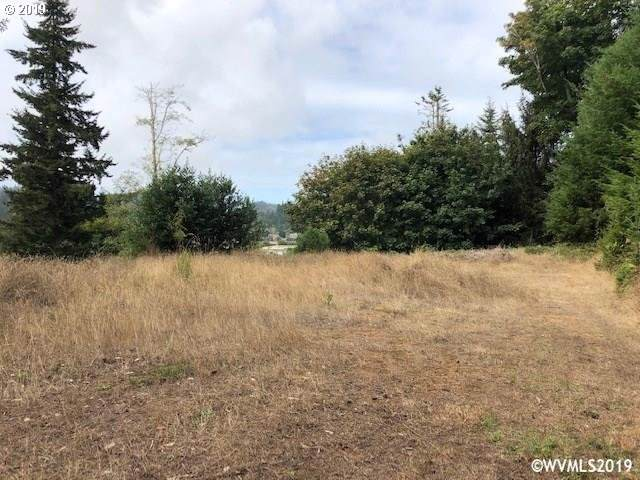 281 Council Hill Way, Lakeside, OR 97449 (MLS #19600891) :: Team Zebrowski