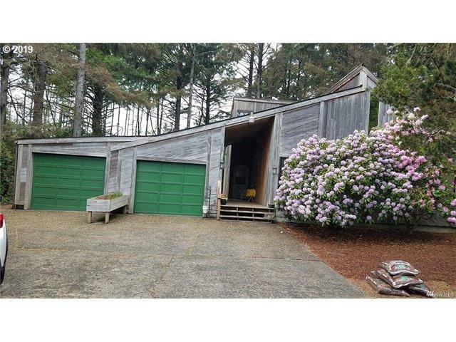 32209 K Pl, Ocean Park, WA 98640 (MLS #19605033) :: Townsend Jarvis Group Real Estate