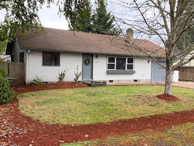 2201 Jeppesen Acres Rd, Eugene, OR 97401 (MLS #19619949) :: The Lynne Gately Team