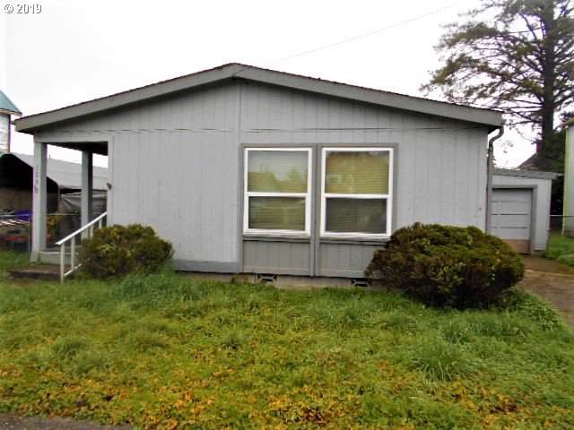 109 4TH St, Myrtle Point, OR 97458 (MLS #19621393) :: Gregory Home Team | Keller Williams Realty Mid-Willamette