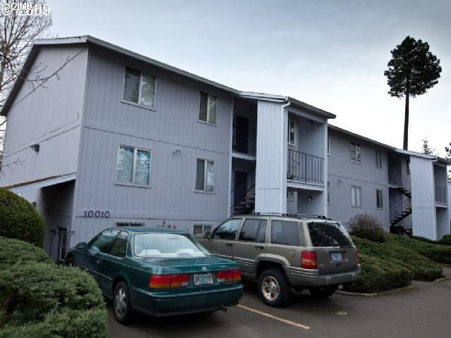 10010 SW Hall Blvd #1, Tigard, OR 97223 (MLS #19621798) :: The Liu Group