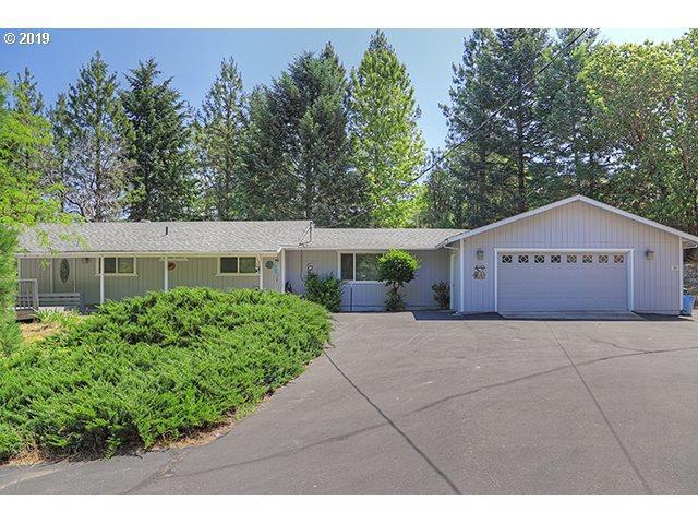 325 Harper Loop, Grants Pass, OR 97526 (MLS #19624834) :: Premiere Property Group LLC