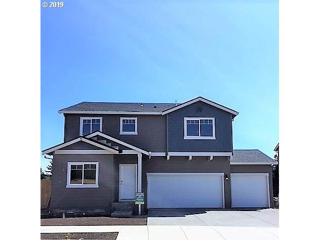 2647 S Cherry Grove Way, Ridgefield, WA 98642 (MLS #19628440) :: The Liu Group