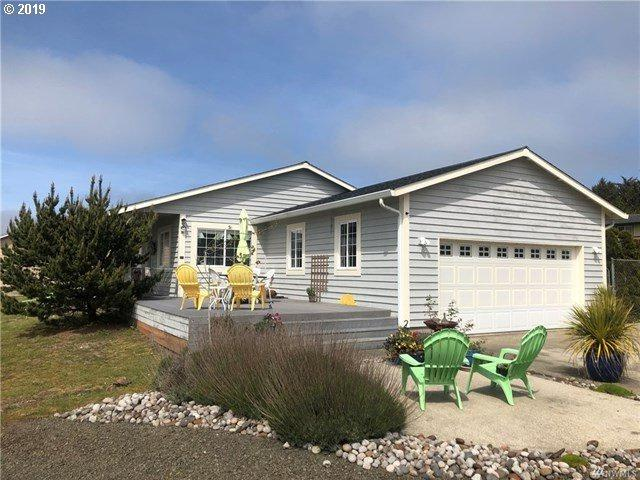 32203 I St, Ocean Park, WA 98640 (MLS #19628490) :: Townsend Jarvis Group Real Estate