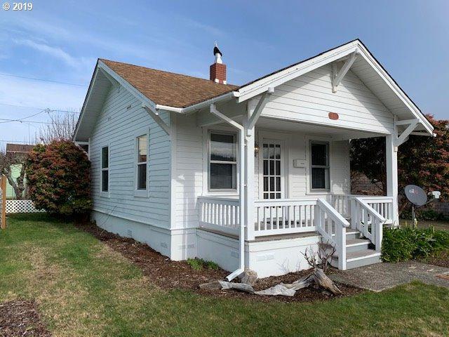 2149 Dogwood Ave, Reedsport, OR 97467 (MLS #19652278) :: Stellar Realty Northwest