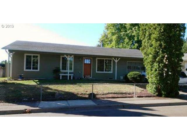 1525 Edison Ave, Cottage Grove, OR 97424 (MLS #19653031) :: The Lynne Gately Team
