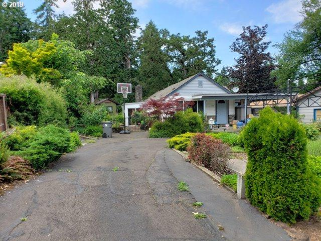 2322 Cleveland St, Eugene, OR 97405 (MLS #19659539) :: Townsend Jarvis Group Real Estate