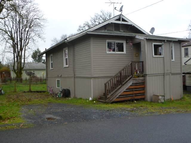 315 S 6TH St, St. Helens, OR 97051 (MLS #19666365) :: Next Home Realty Connection