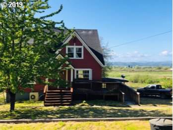 18483 Beaver Falls Rd, Clatskanie, OR 97016 (MLS #19684898) :: McKillion Real Estate Group