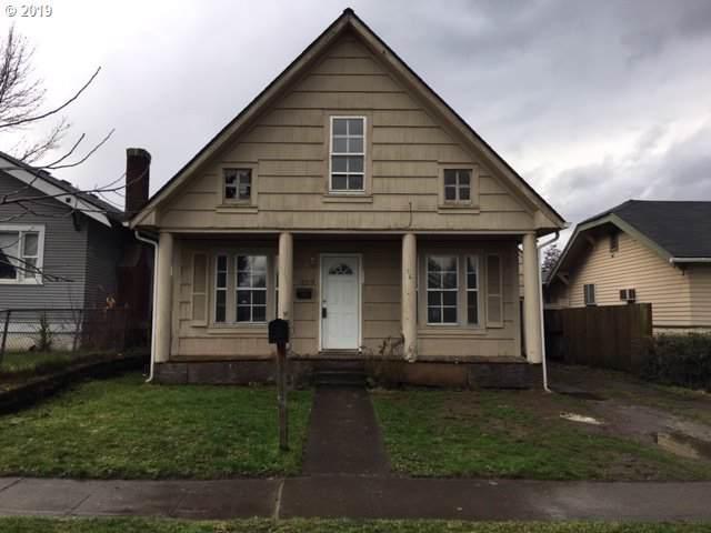 329 16TH Ave, Longview, WA 98632 (MLS #19687152) :: Fox Real Estate Group