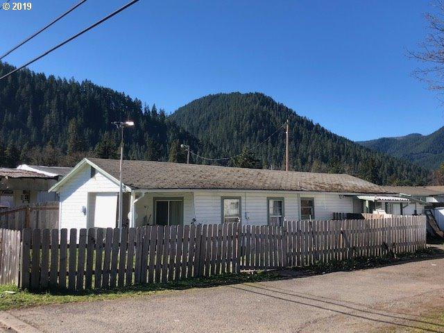 76352 Rock Rd, Oakridge, OR 97463 (MLS #19696375) :: Realty Edge