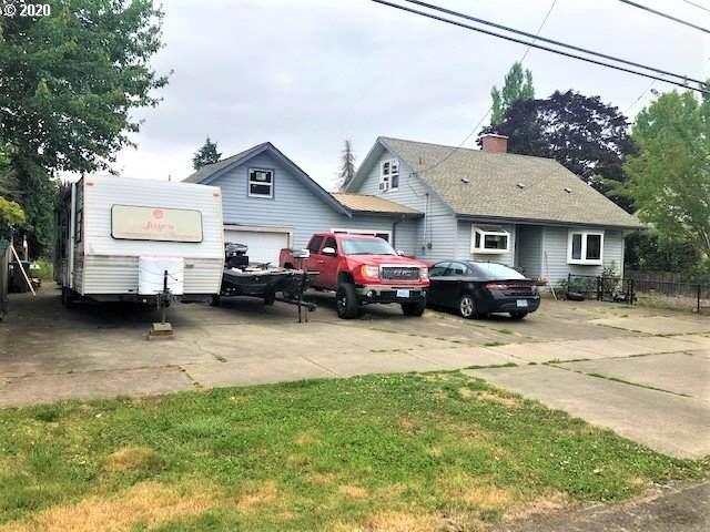 621 Ferry St, Dayton, OR 97114 (MLS #20009840) :: Holdhusen Real Estate Group