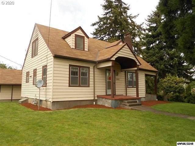 1300 NE 2ND St, Corvallis, OR 97330 (MLS #20019602) :: Holdhusen Real Estate Group