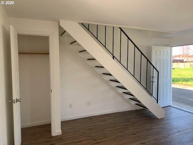 630 Kelly St, Monroe, OR 97456 (MLS #20033457) :: Song Real Estate