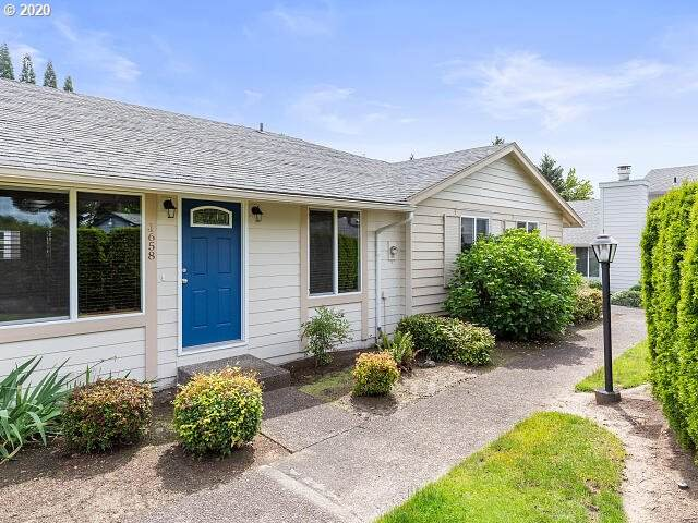 1658 NW 143RD Ave, Portland, OR 97229 (MLS #20059476) :: Fox Real Estate Group